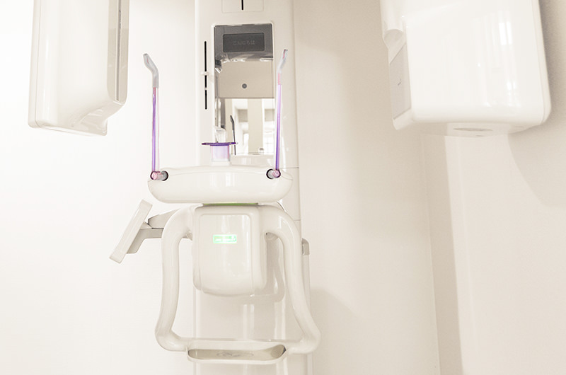 歯科用CTを使って正確に診断します<